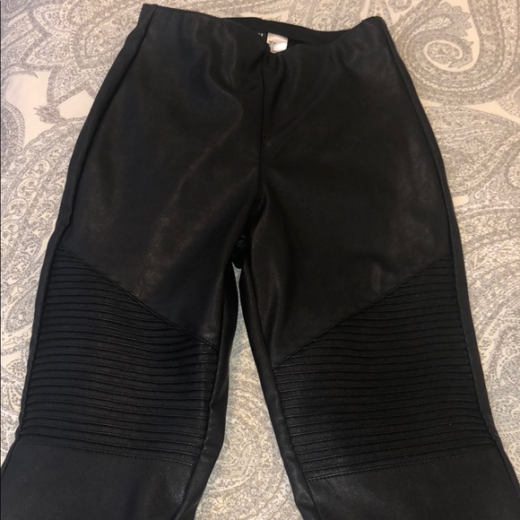 shop best sellers professional classic style High Waisted Pleather Moto Leggings H&M NWT